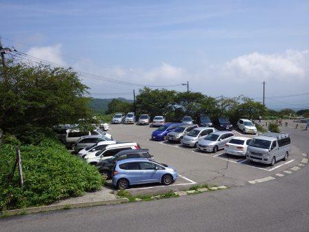 12:41 駐車場