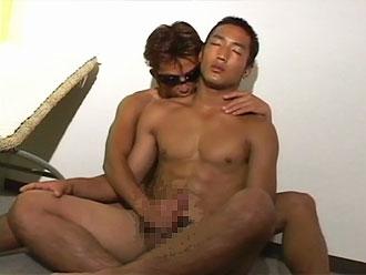 ゲイ動画:超エロ筋男前体育会、男初体験でもガッツリGO !! 2