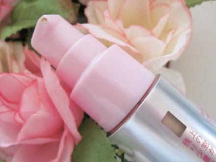 艶、潤い、保湿力、乾燥しない肌に 美容液ファンデーション!