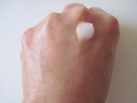 毛穴ケア、年齢肌、乾燥対策ができる「薬用RCリペアゲル」!