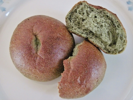 食物繊維、イソフラボンが豊富!ふっくらもっちもちで美味しい【マルサンアイ 低糖質大豆ロールパン】